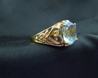 Vintage Costume Ring, Gold Toned Metal, Large Blue Stone, Stamped, Size 9.75
