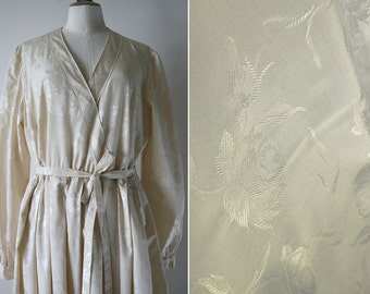 Silky dress long sleeves, ivory color, Vintage 1950's