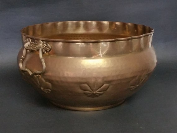 "Large Charming Vintage Hammered Brass Bucket, Planter-""Ships International"" Email For Rates"