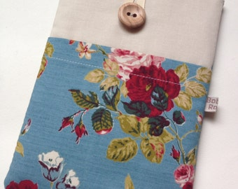 Kindle Voyage / paperwhite sleeve / kindle touch cover in vintage rose style fabric