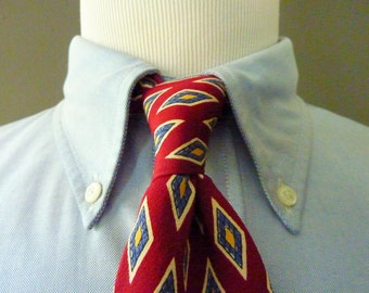 Vintage POLO by Ralph Lauren PRL 100% Silk Geometric Diamond Foulard Pattern Trad / Ivy League Neck Tie.  Made in USA.