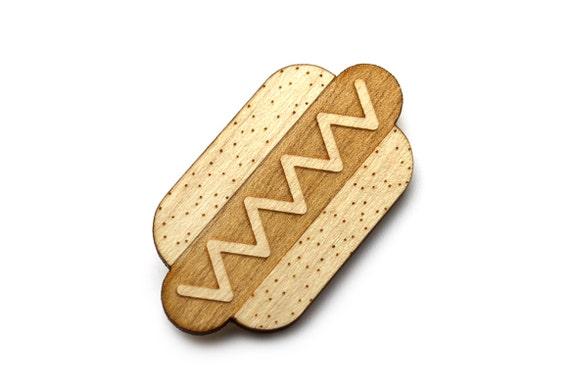 Hotdog brooch - hotdog pin - kitsch food jewelry - graphic accessory - lasercut maple wood - fast food jewellery - sausage