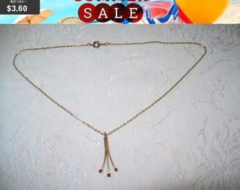 SALE 60% Off Dainty red rhinestone pendant necklace