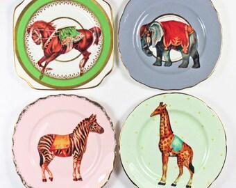 Vintage Circus plate set
