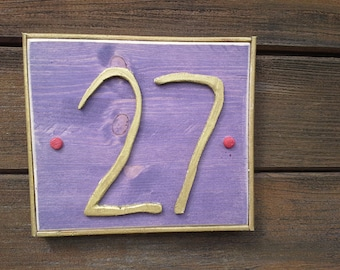 "House number sign ""Purple - gold"""