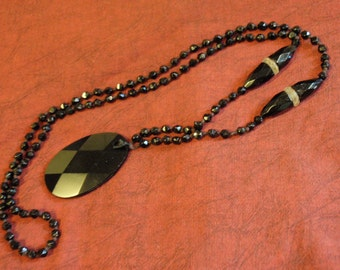 FLAPPER Necklace Art Deco Black Faceted Glass Crystal  PENDANT and Beads Antique / Vintage