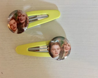 Pair of Dorothy and Glinda Snap Hair clips