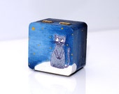 HAND PAINTED wooden box with orange cat for Tricia. Kitty standing on the could and looking at the star box 4.7 x 4.7 inches