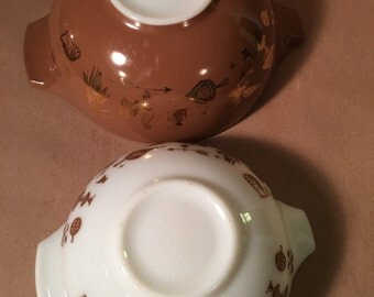 Vintage Americana Pyrex Cinderella nesting bowls – set of (2) two – brown, white, gold
