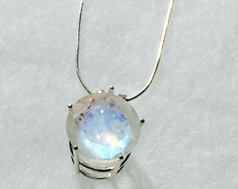 Rainbow Moonstone Necklace in Sterling Silver