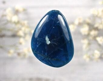 Blue Apatite freeform cabochon 28x20mm