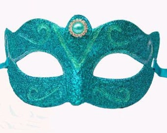 Designer mask in sky blue,ladies deigner mask,blue party mask for women,masquerade mask for women in blue with crystals,blue glitter  mask,