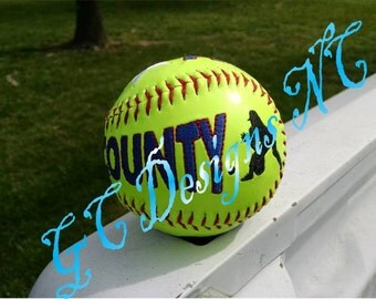 Small Softball Fielder Embroidery Design