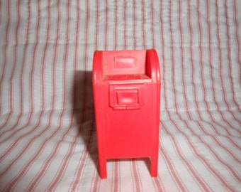 Plastic Mail Box Toy-Former Candy Container