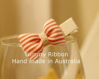 Cotton Red girls hair bow / hair bow / baby hair pins / baby hair clip / baby hair bow / children hair bow / kids hair clip / kids hair bow