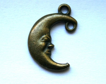 5 Antique Bronze Crescent Man in the Moon Charms/Pendants with Loops CS-0025