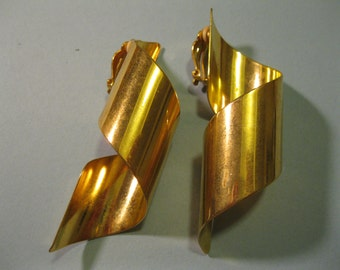 large 70s earrings clip on gold tone metal statement earrings