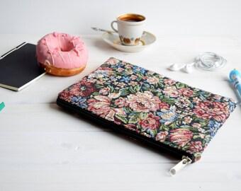 Floral zipped sleeve, iPad mini case, Kindle Paperwhite sleeve, Kindle Fire sleeve, Nexus 7 case, ipad sleeve, Kobo Aura case, Kobo Touch