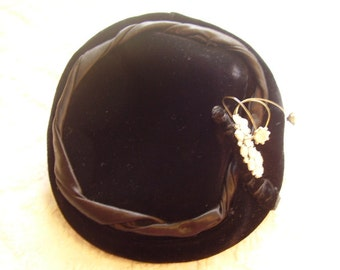 Vintage Black Velvet Formal Hat