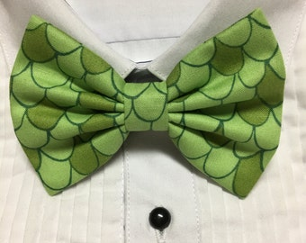 Green Dragon or Mermaid Scale Print Bowtie / Bow Tie