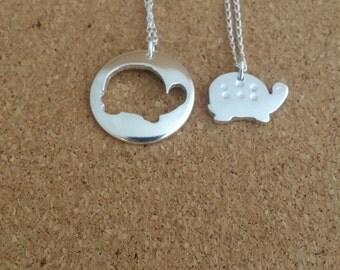 Turtle necklace, Sea turtle, Turtle, Beach necklace, Silver necklace, Charm necklace, Turtle gift, Sea turtle jewelry, Sea turtle necklace
