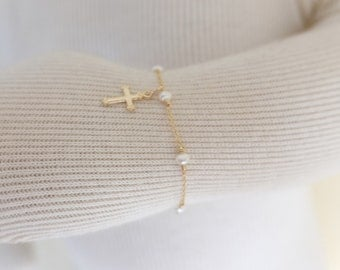 Baby baptism bracelet, Baby Christening gift,dedication gift, gold cross bracelet, fresh water pearls,infant baptism jewelry