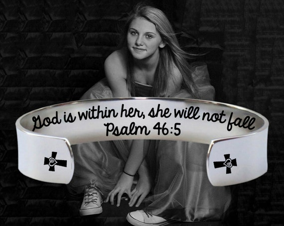 Graduation | Graduation Gift | College Graduation | Class of 2017 | High School Grad | God is within her, she will not fall | Korena Loves