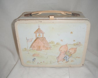1975 Hallmark Babies lunchbox with thermos