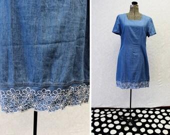 Plus Size - Vintage Denim White Floral Embroidery Detail Sheath Dress (Size 12/14)