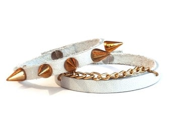 White leather bracelet with gold studs and chain set