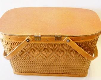 Large Vintage Wicker Picnic Basket
