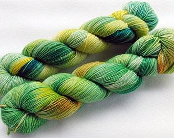 Handpainted Knitting Yarn,Sock Yarn, 75 Wool  superwash, 25 Nylon 100g 3.5 oz.  Nr.307