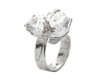 "Sterling silver  ""Mellow Meadow Flower"" small ajustable ring"