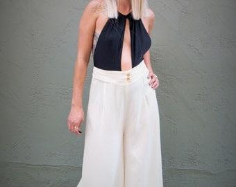 vintage high waist pants / pleated pants /  palazzo pants / Mc Hammer pants / baggy pants / loose pants / cream pants / white pants /