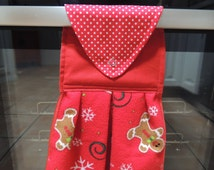 Hanging towel. guest towel. kitchen accessory. hand towel. gift under 15 dollars. hostess gift. kitchen decor. Christmas towel