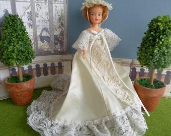 """VINTAGE BRIDAL/WEDDING Dress for Vintage 9"""" Pepper, Skipper and other 9"""" dolls"""