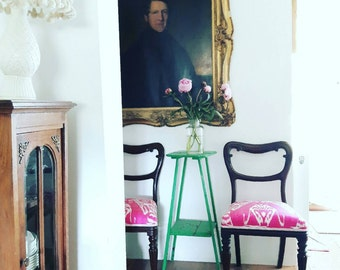 Pair Victorian pink ikat dining/occasional chairs. Mahogany in the manner of Gillows