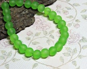 25 ~ Green 6mm Czech Glass Frosted Smooth Round Beads Bright Lime Like Sea Glass