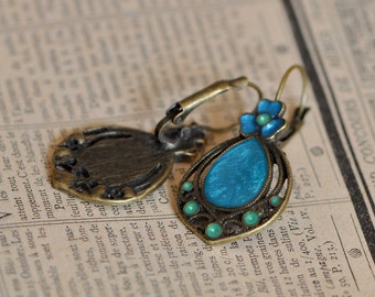 Antique style hand painted earrings