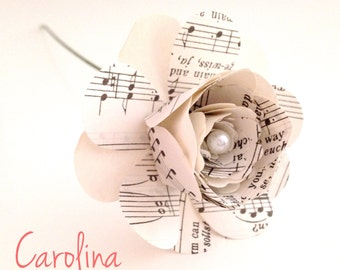 "Layered Music Paper ""Carolina"" Flower x 5"