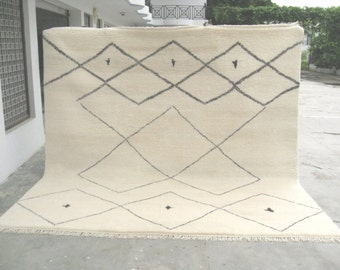 Square Berber 10 ft x 10 ft