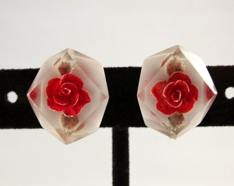 Vintage Reverse Carved Clear Lucite and Red Rose Screw Back Earrings (retro 50s 60s plastic small little dainty valentine flower floral)