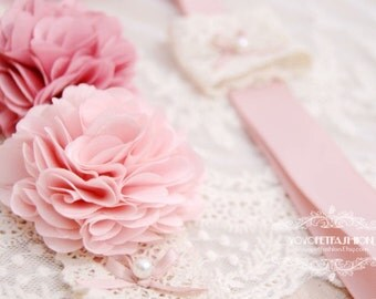 Soft pink with Vintage pink flower  leash for dog.weddings dog leash,Birthday's gift. handmade leash,dog fashion,Very cute gift for dog