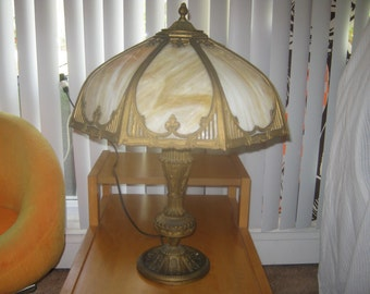 1910 ANTIQUE LAMP