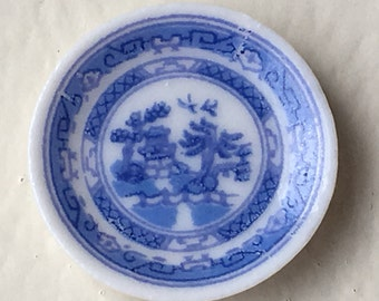 Dollhouse Miniature Blue & White Plate  (JL)