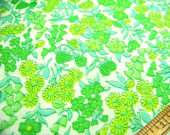 """Vintage 1930's (Canvas Like) Cotton Fabric SMALL FLORAL Green Mint Lime White 35"""" x 36"""" BTY"""