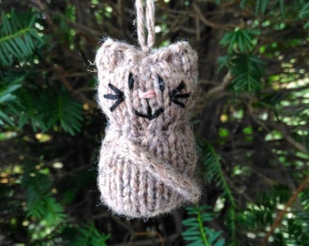 Brown Calico Kitten Ornament, Handmade Knit, Hanging Decoration, Christmas Tree Trim, Rustic Decor, All Year Decoration