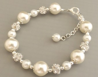 Ivory pearl bridesmaid bracelet, pearl bridesmaid jewelry, ivory pearl bridesmaid gift, wedding jewelry, bridal bracelet, bridal jewelry