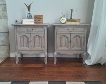 SOLD**********Gorgeous Pair of French Provincial, French Country, Vintage Nightstands/End Tables/Side Tables
