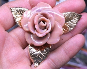 Focal brass element with rose bead